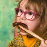 """""""Smash the cake enfant avec gâteau au chocolat"""""""